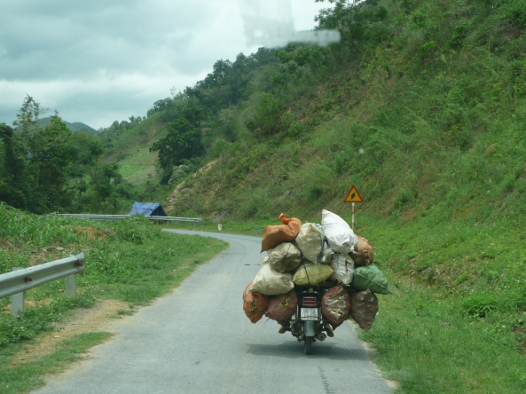 Une moto tres chargee!