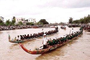 Course des piroques des Khmers