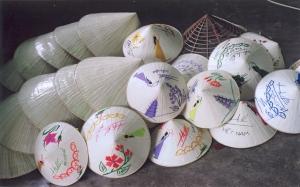 Chapeaux coniques du Vietnam