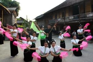 danses-thai