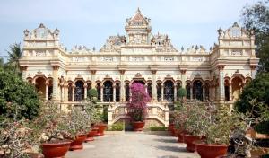 pagode-vinh-trang-my-tho-tien-giang